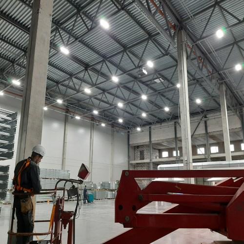 Монтаж и реконструкция освещения на складе